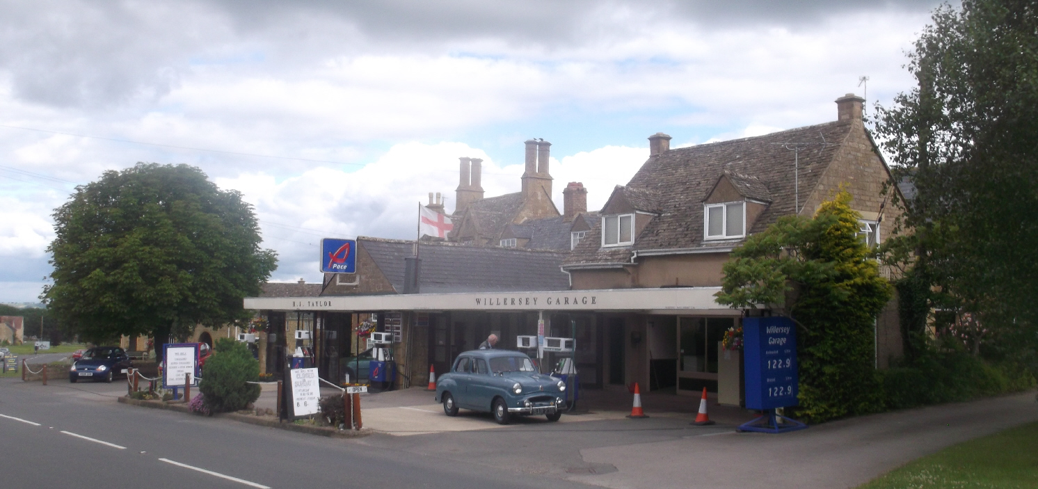 Willersey Petrol Station from Road
