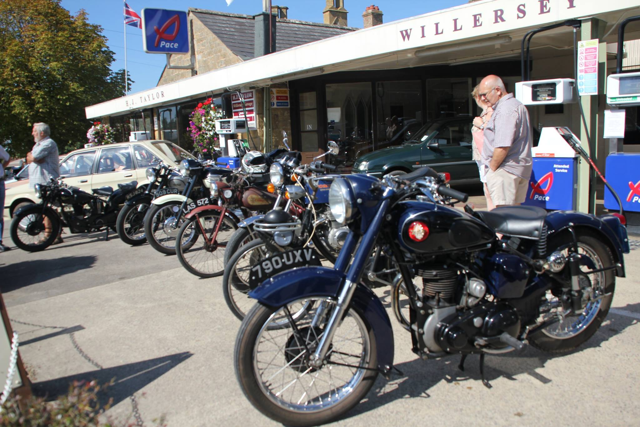 Vintage Motor Cycles at the Willersey Show