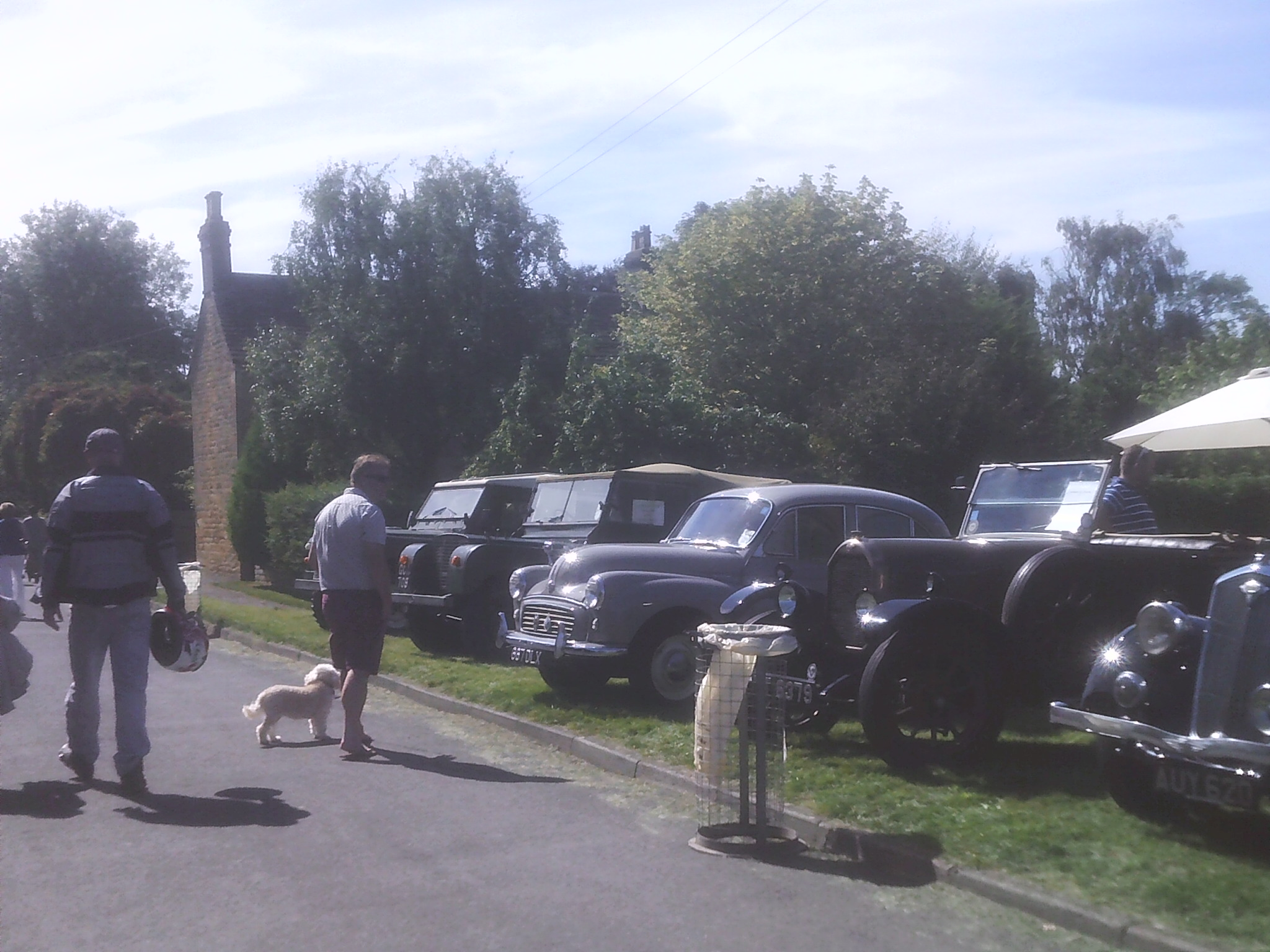 Vintage cars at the Willersey Show