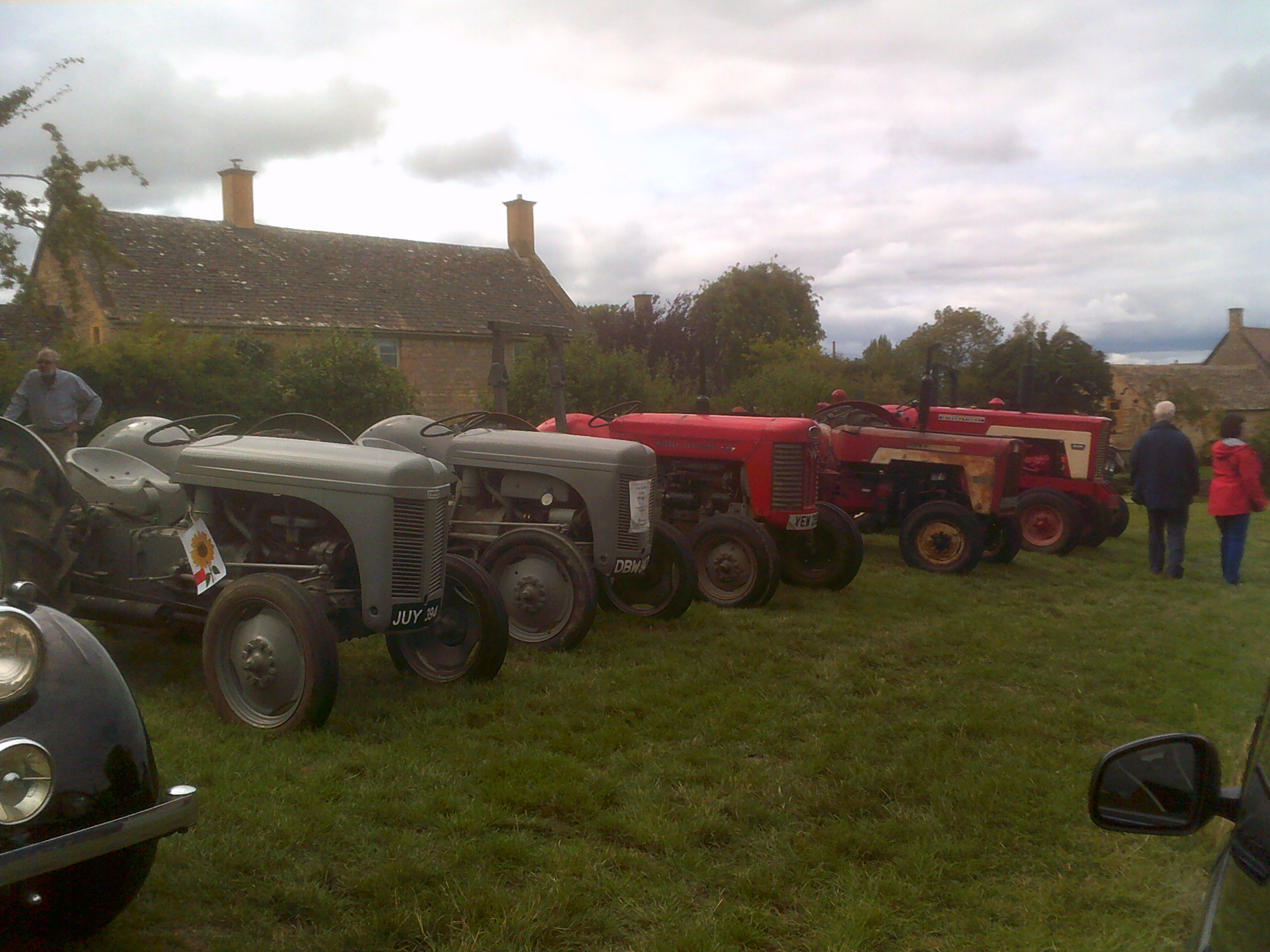 Vintage tractors at the Willersey Show