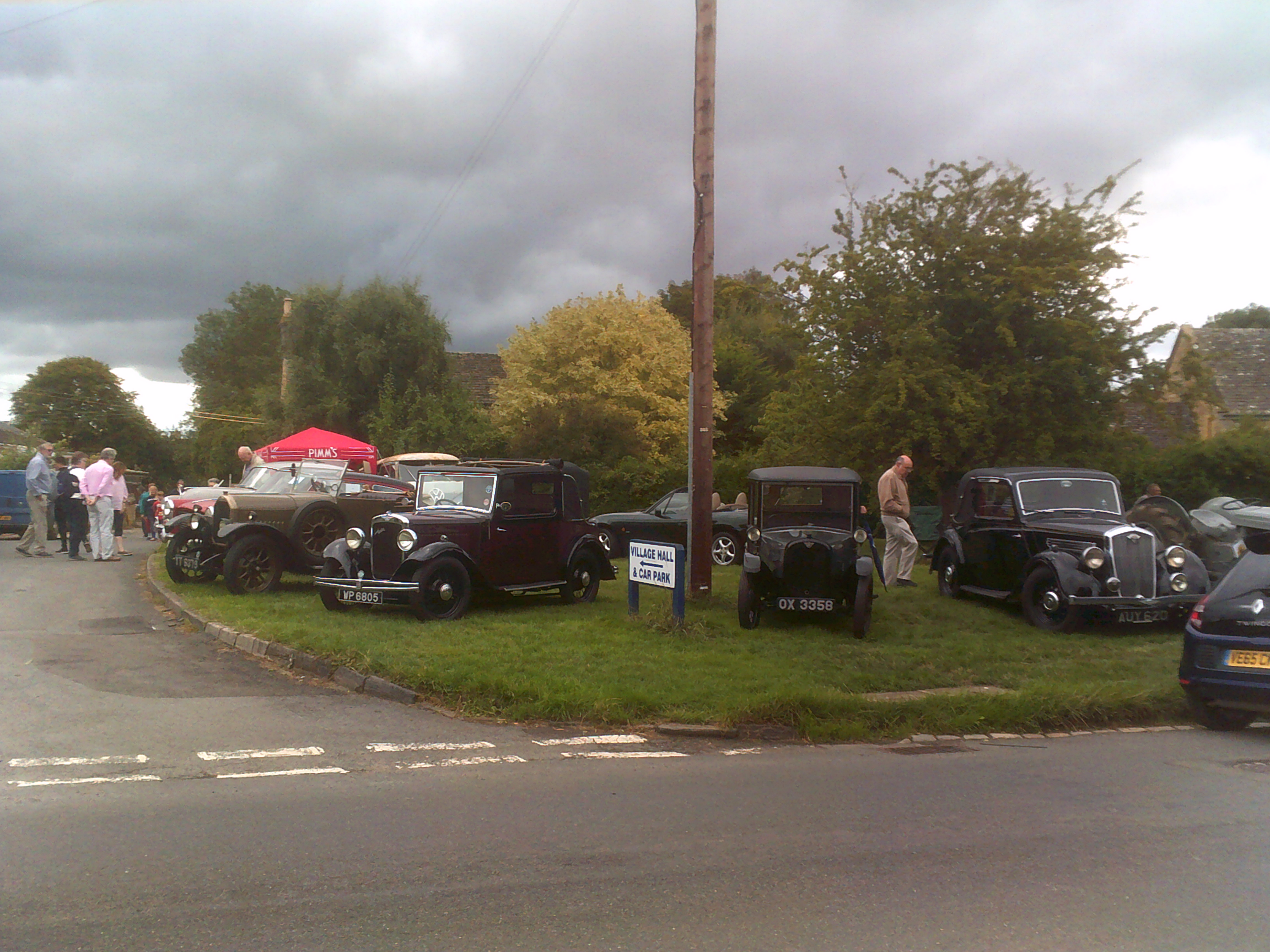 Old cars at the Willersey Show