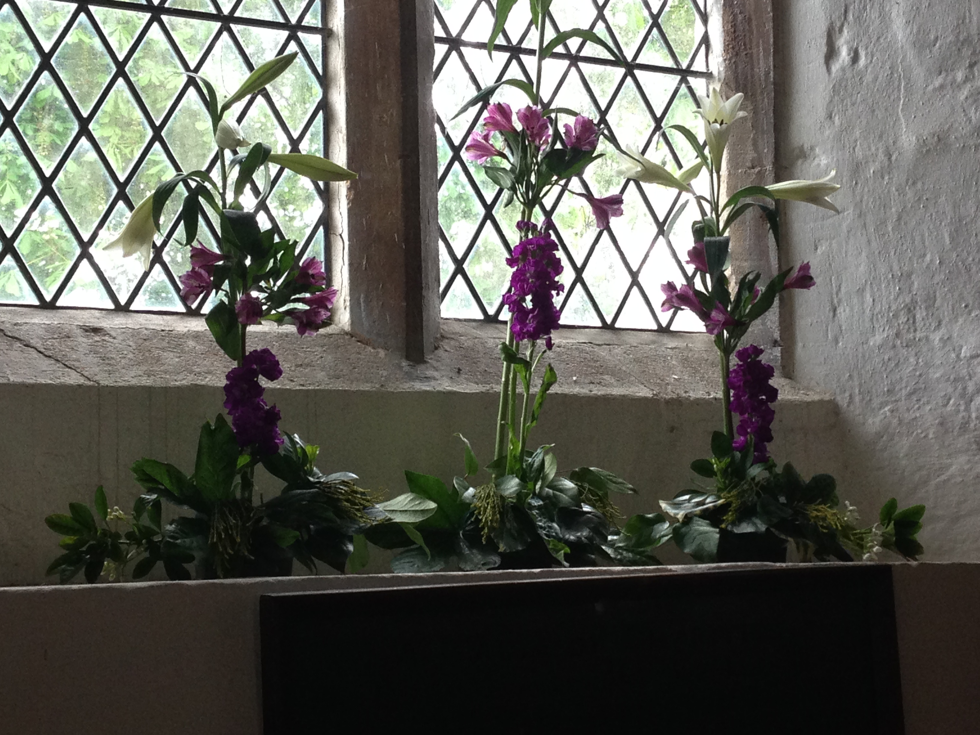 Flowers Willersey Church 2017 06