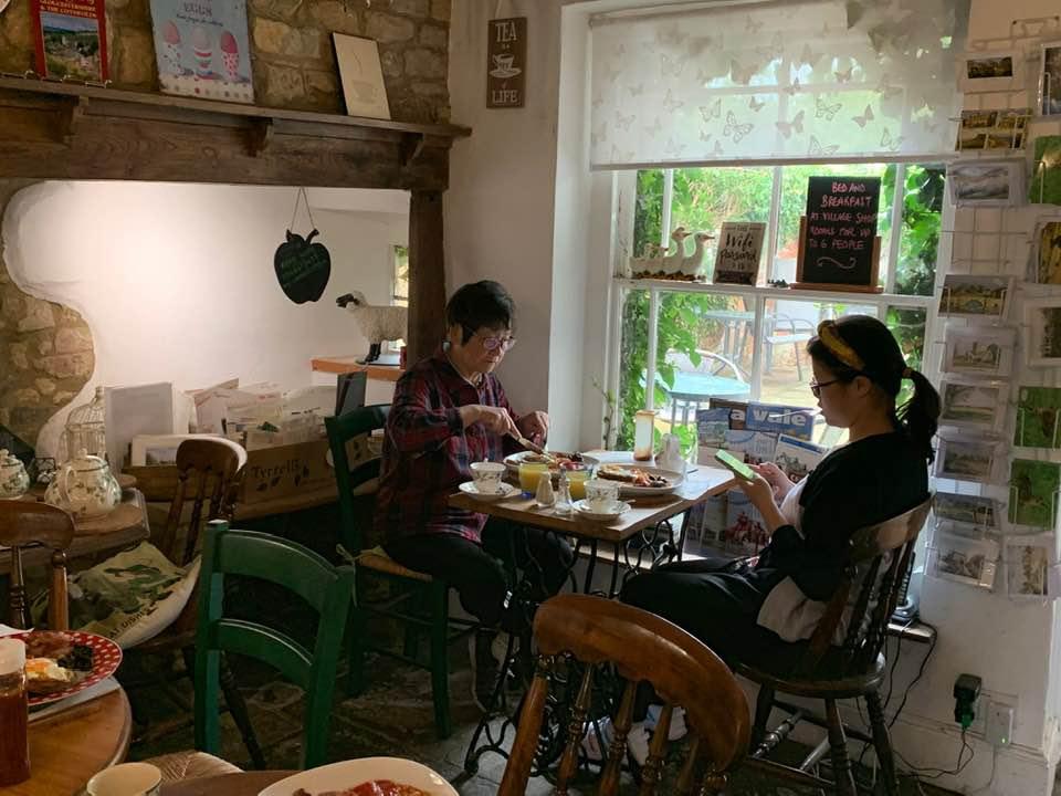 Willersey Cafe Breakfast